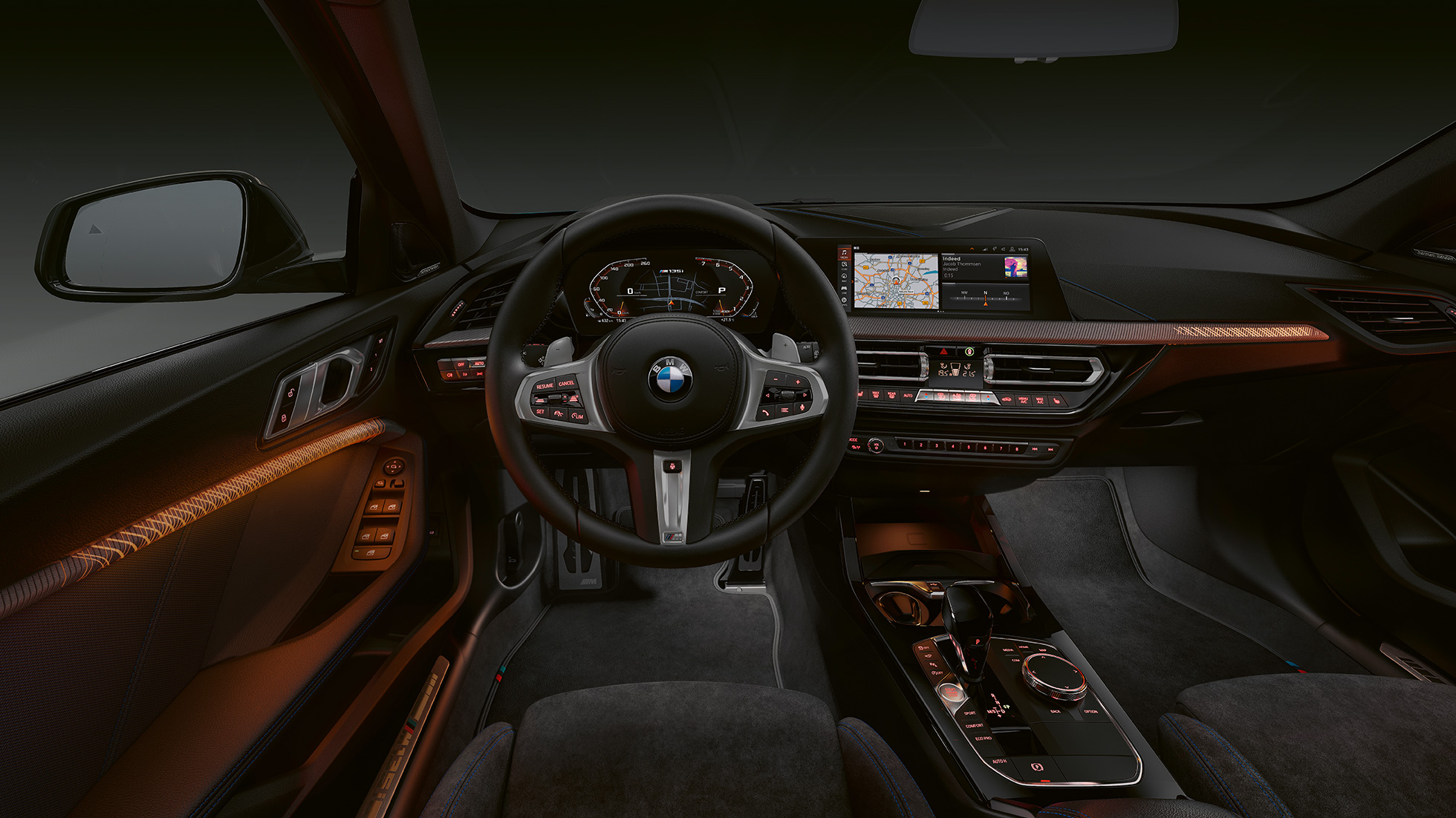 2018 - [BMW] Série 1 III [F40-F41] - Page 19 Bmw-1-series-m135i-inspire-mg-exterior-interior-desktop-04